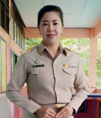 นางกิรษา ศิริรัตนกรผู้อำนวยการโรงเรียนบ้านหนองขามประชาบำรุงhttp://www.nongkham.ac.th